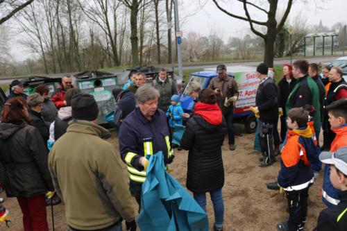 Freie-Wähler-Sinzig-Dreck-Weg-Tag-2019-02